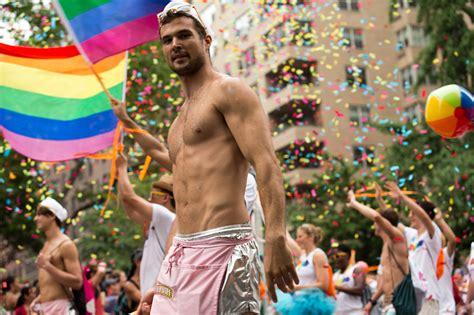 gay pride day new york jpg 2048x1365