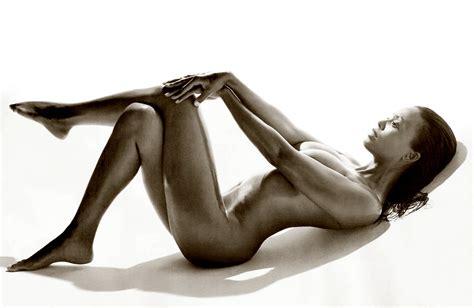 allure naked 2009 jpg 2000x1300